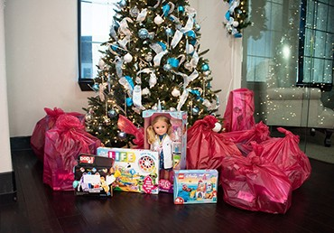 Empower Brokerage Gives Back With Angel Tree Program