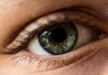 Contacts for Diabetics