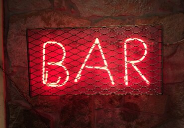Bars permitted to open in Texas